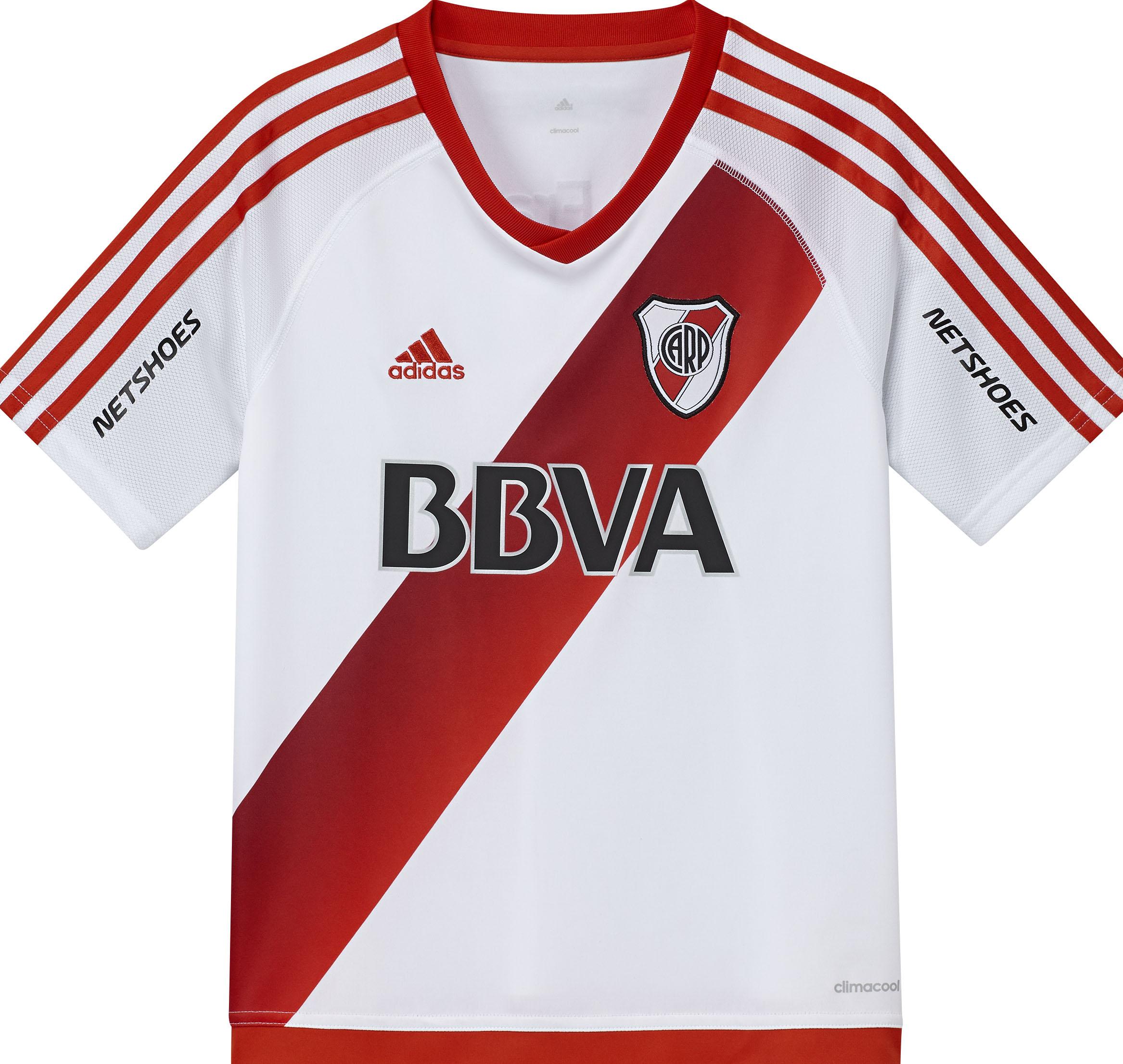 adidas presentó la nueva camiseta titular de River e8d49a8bb6fc5