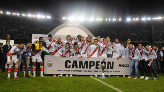 Las fotos de River vs Quilmes - Torneo final 2014