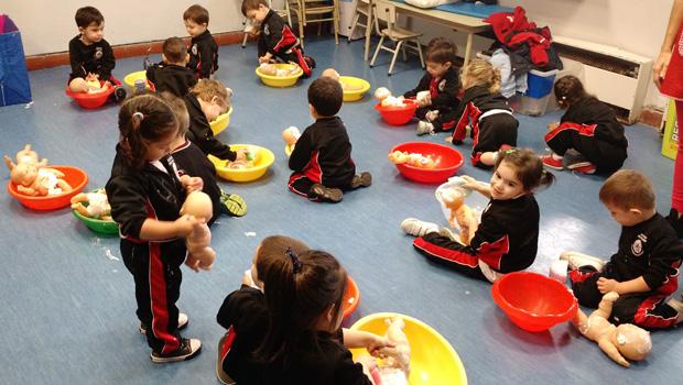 Actividad en el jard n de infantes for Asistenciero para jardin de infantes