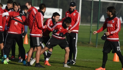 Entrenamiento en River Camp (13-6)