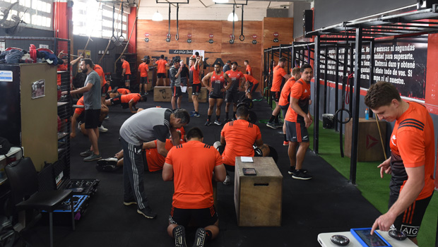 Los All Blacks se entrenaron en el Monumental