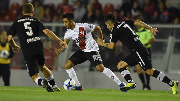 River no pudo en Avellaneda