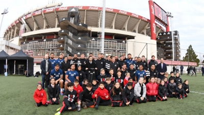 Los All Blacks visitaron el Estadio Monumental